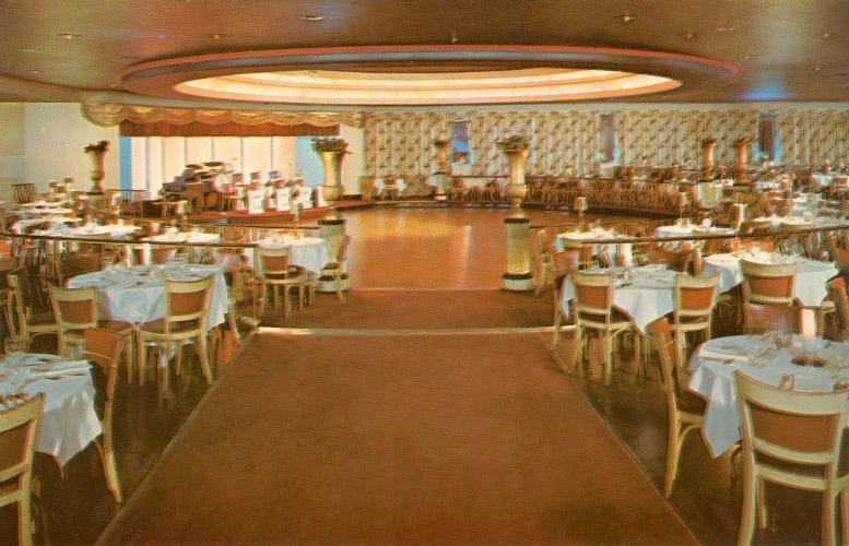 Late-1950s-Skyway-Peabody-Hotel-Memphis-Tennessee